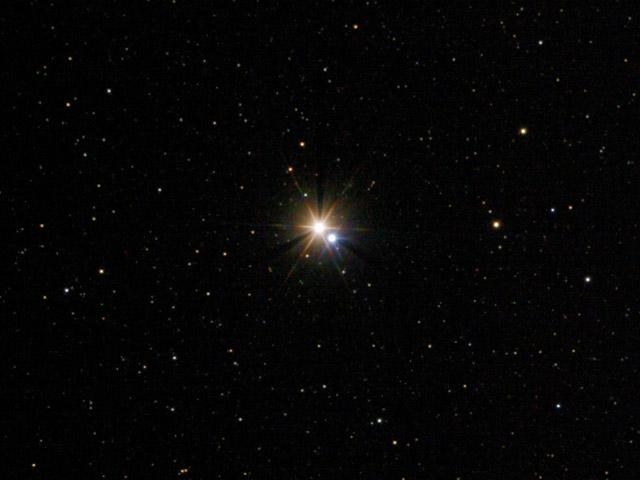 Двойная звезда β Лебедя